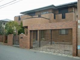 福岡県 T様邸 ガレージ・シャッター施工例